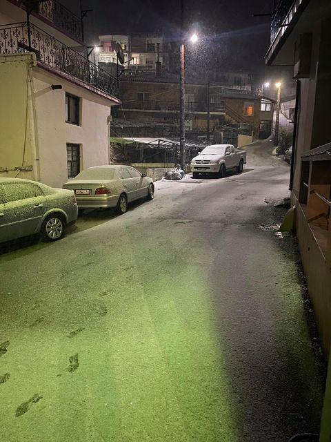 Έπεσε το πρώτο χιόνι στην ορεινή Ξάνθη - ΦΩΤΟ
