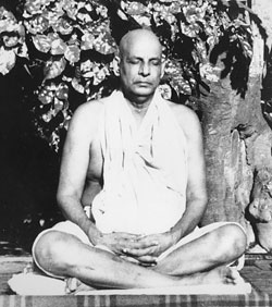 Conciencia Yoga  Raja Yoga. Por Sri Swami Sivananda a6f4e6e760c5