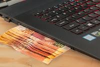bisnis home industri, usaha industri rumahan, bisnis industri, bisnis rumahan, bisnis online, laptop