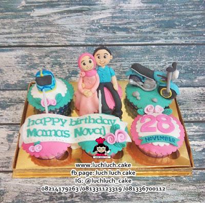 Cupcake Ulang Tahun Tema Motor Vespa dan CB