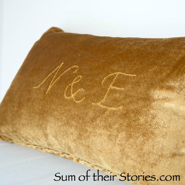 10 DIY Monogramed Cushion Tutorials