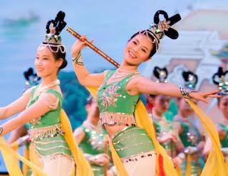 O Arts Company Shen Yun no palco (Cortesia do Shen Yun Performing Arts
