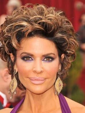 model gaya rambut keriting wanita tahun 2009