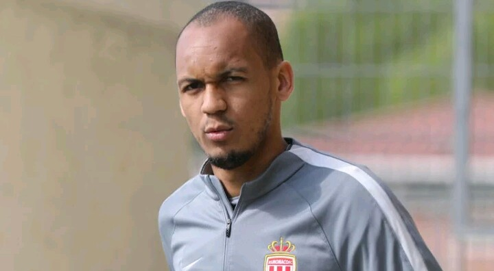 Liverpool officially signs Fabinho