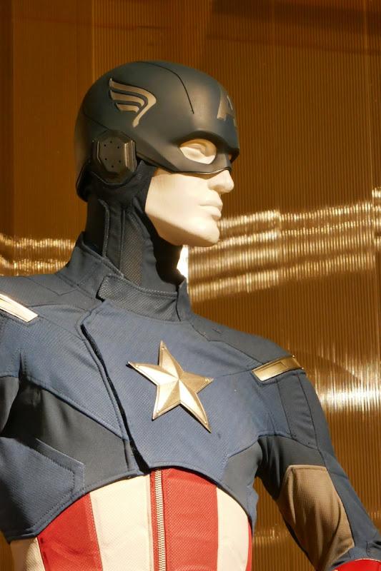 Captain America costume helmet Avengers