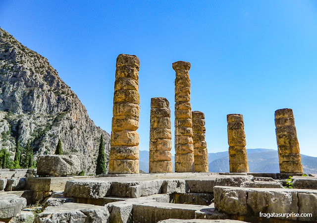 Templo de Apolo no Santuário de Delfos, Grécia