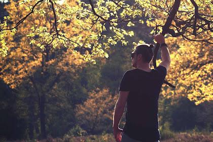 Puisi Pendek - Tersisa Sedikit Rindu Untukmu