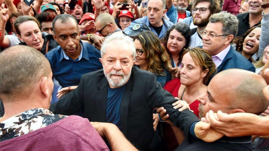 LULA LIVRE: FAMOSOS REAGEM À SOLTURA DO EX-PRESIDENTE – CONFIRA..