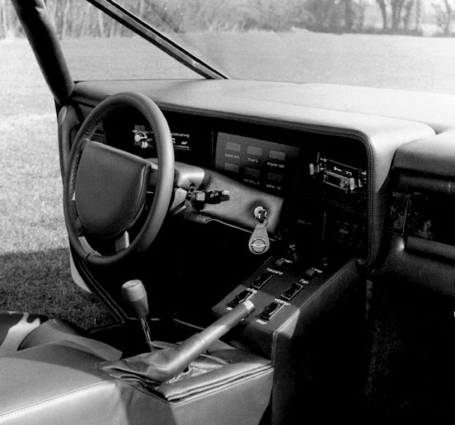Hallo James Bond: 1980 Entstand Der Aston Martin Bulldog