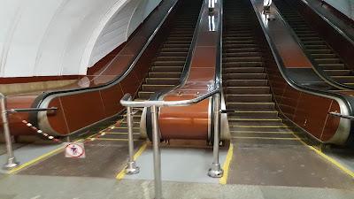 scale mobili stile sovietico