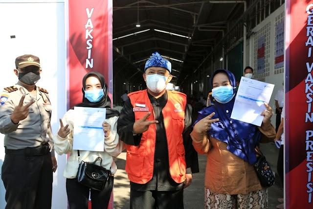 Tinjau Vaksinasi, Yana :  Kota Bandung Akan Terima Jutaan Dosis Vaksin Pada Agustus Mendatang