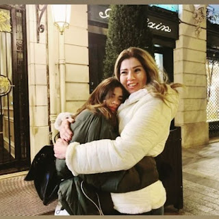إلا الضنا...رانيا فريد شوقى فى صورة مع ابنتها