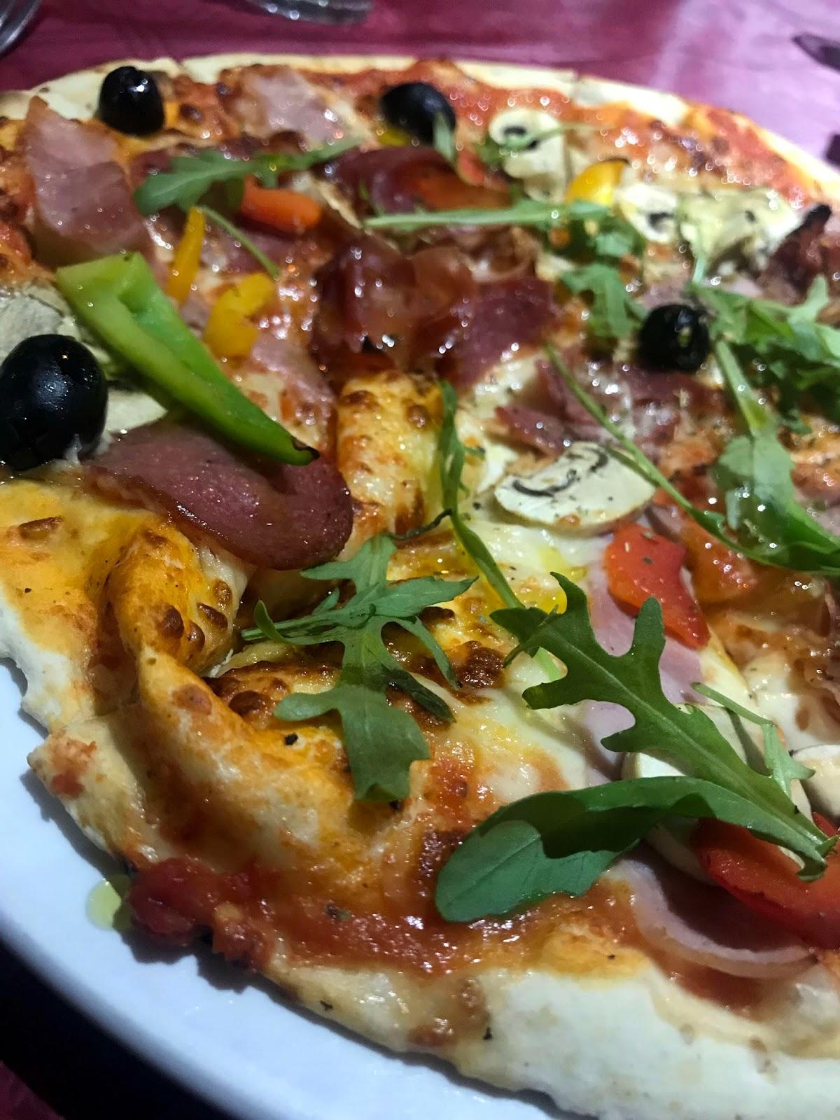 Stitch & Bear - Ristorante Romano - Pizza quattro stagioni