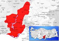 Adana ili ve ilçeleriyle birlikte çevre il ve ilçeleri de gösteren harita