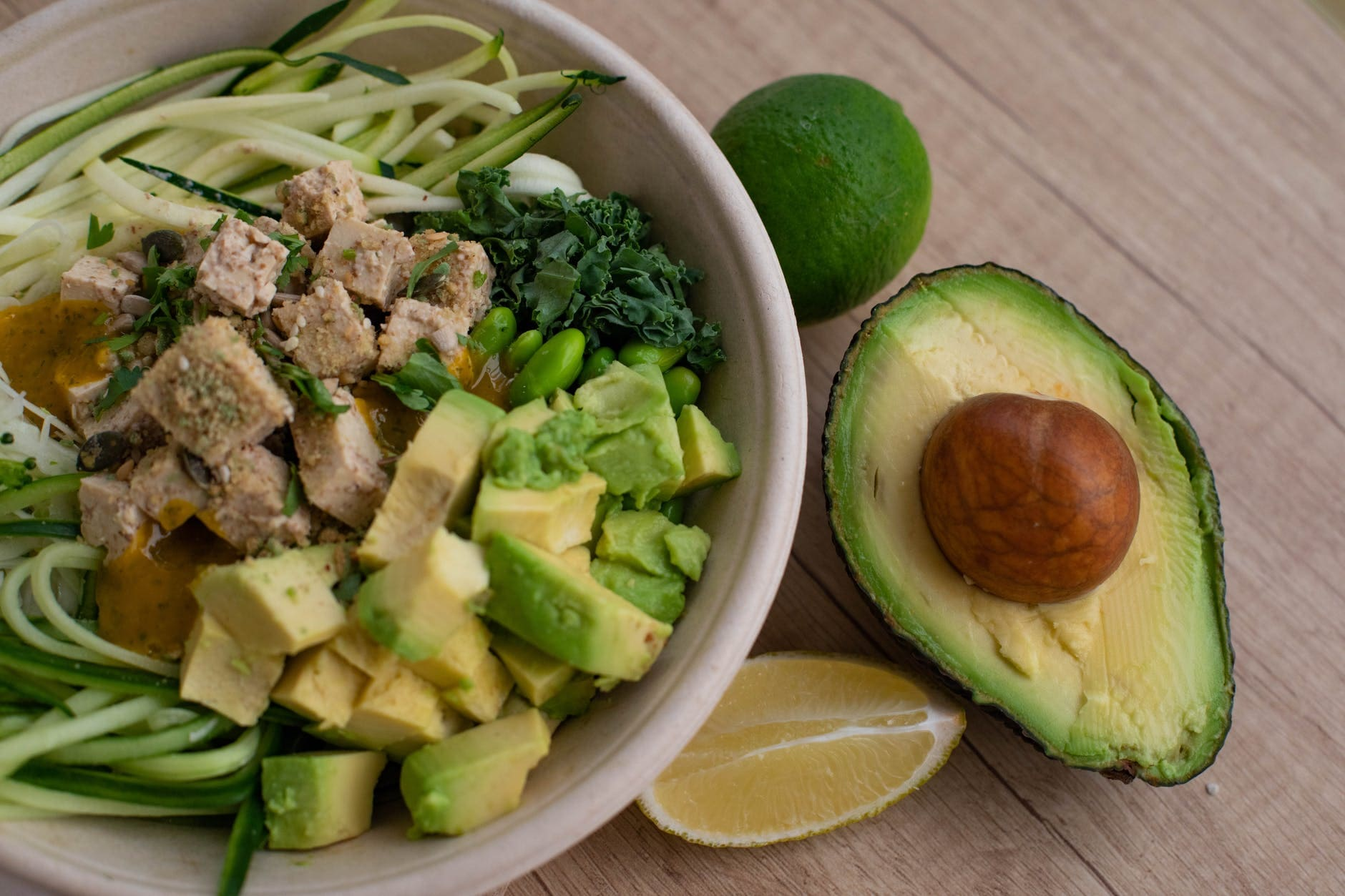 How to make avocado salad for diet