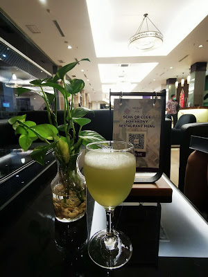 Welcome-drink-di-Mercure-Pontianak-City-Center