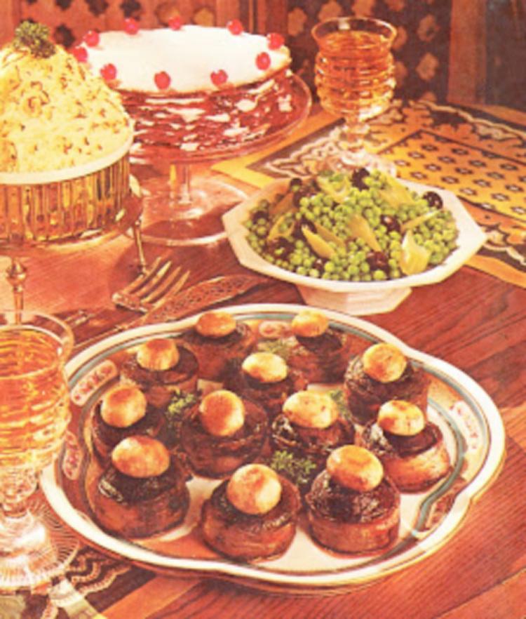 A Vintage Nerd, Vintage Blog, Lunar Landing, Apollo 11 Recipes, Sixties Cocktails Recipes, Apollo 11 Cocktail Party, Retro Lifestyle Blog, 1969 Cocktail Party, Retro Recipes, Vintage Food