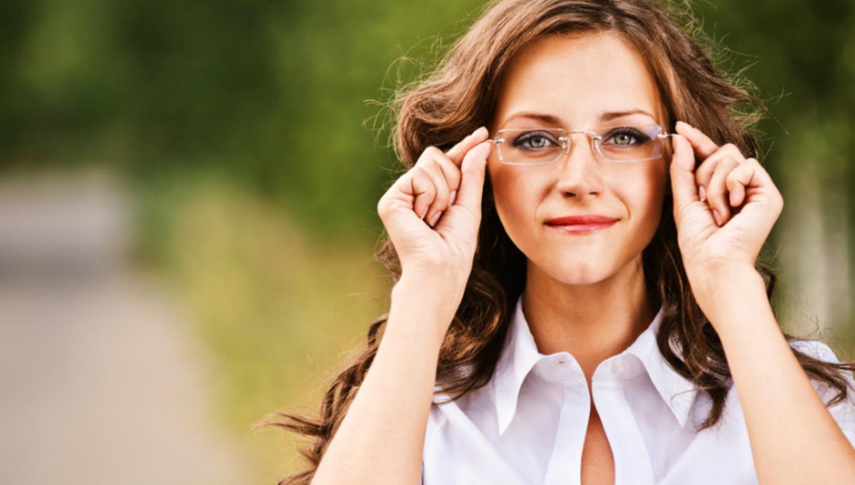 Kết quả hình ảnh cho Never Lie To A Smart Woman