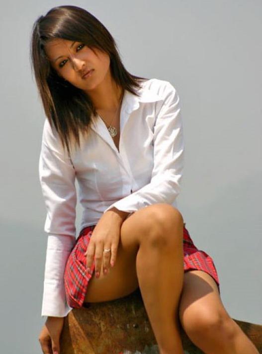 Nepali Model in Skirt|Short Skirt Nepali Model ~ Hot ...