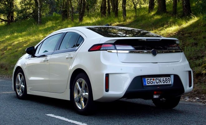 Ampera from the rear