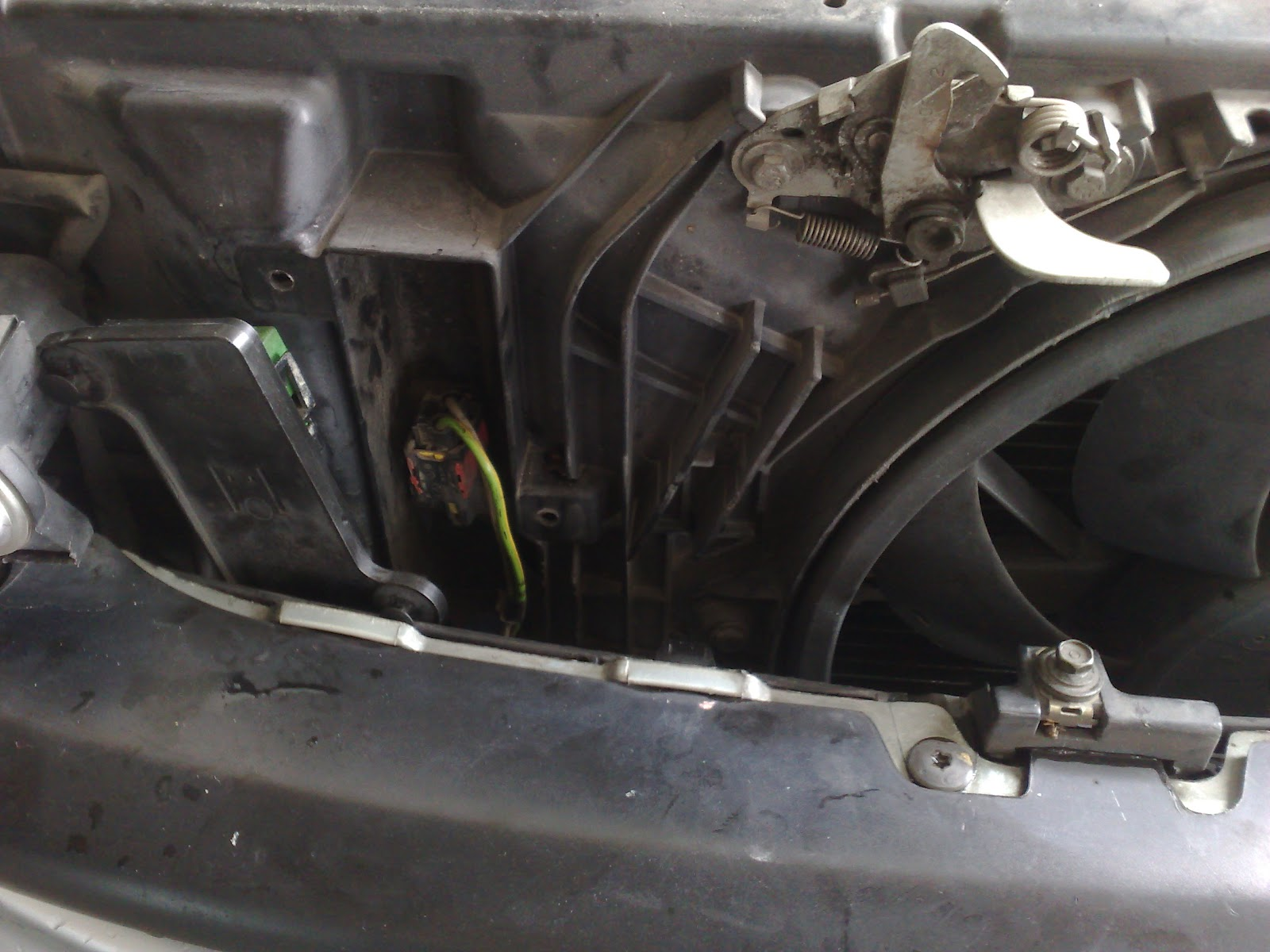 2003 Jeep Grand Cherokee Fuse Box Location Adventures With My 206 Fan Resistor Obd Code P0485