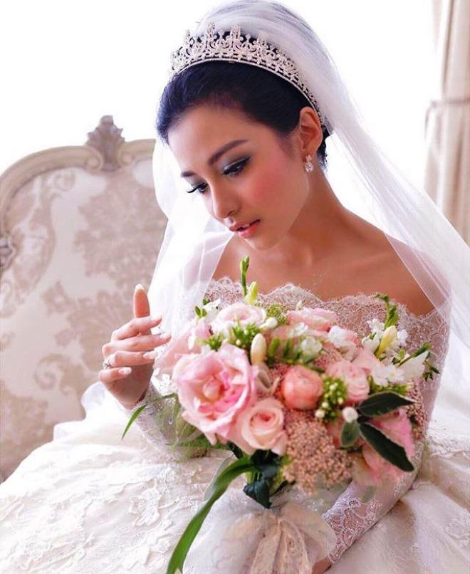 Buket Bunga Pengantin_Bunga Pernikahan Cantik Dan Indah 201714