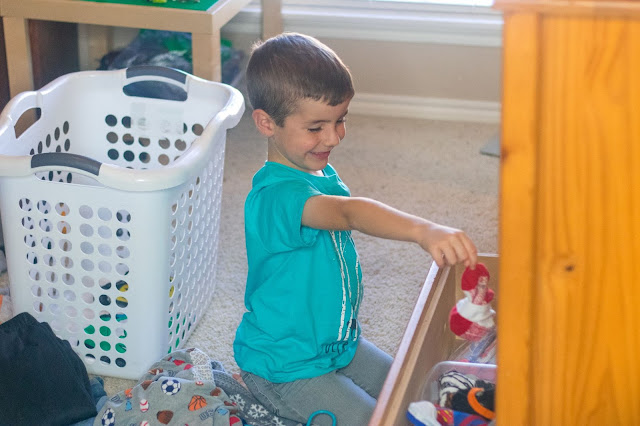 3 Easy Ways That Kids Can Help With the Laundry And 1 Way That They Absolutely Shouldn't