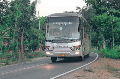 Foto Bus Sinar Jaya 44RA