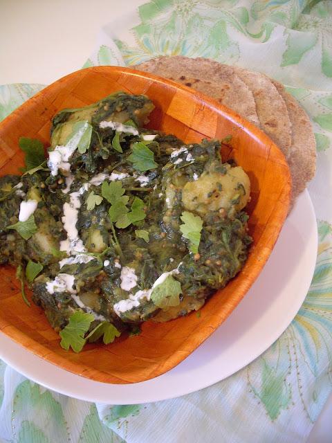 Indijska kuhinja posno jelo sa krompirom i spanaćem