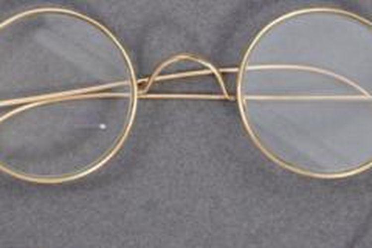 Luar Biasa, Kacamata Mahatma Gandhi Laku Terjual Rp 5 Miliar