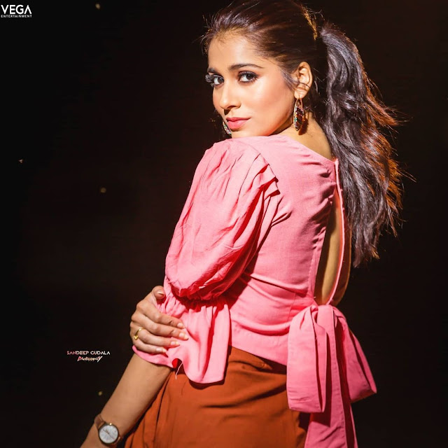 Anchor Rashmi Gautam Latest Pictures in Pink Top Dress Actress Trend