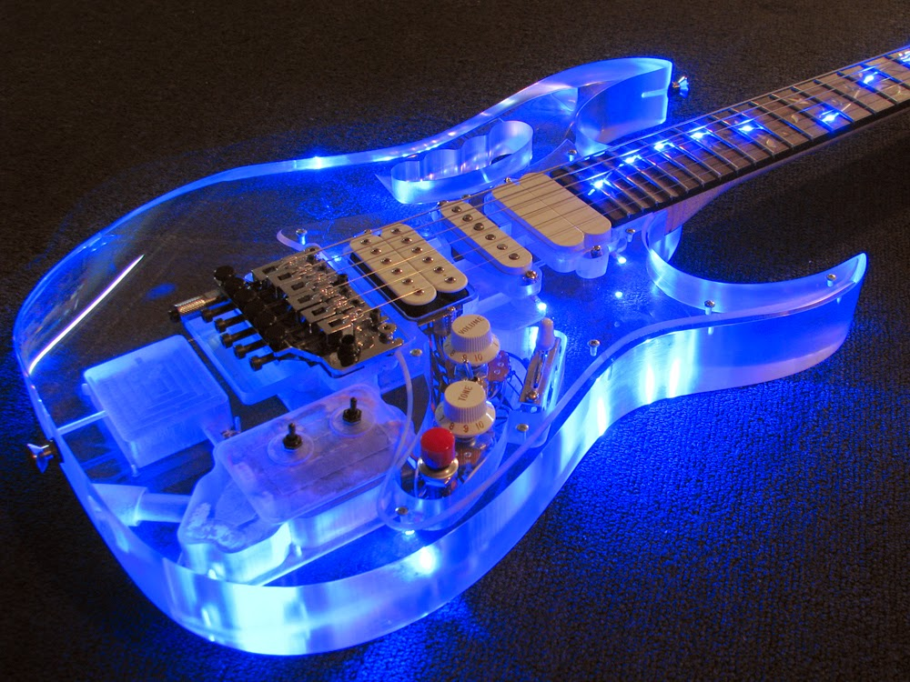 Joe Satriani - Satchurated: Live In Montreal