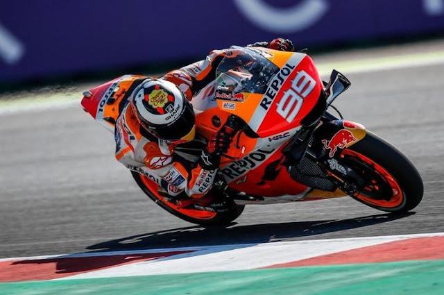 Aksi Jorge Lorenzo (Repsol Honda) pada sesi latihan bebas MotoGP San Marino 2019, Jumat (13/9/2019)