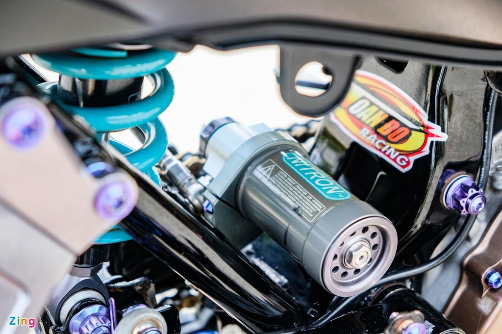 Honda Winner với quickshift và gói trang bị 200 triệu tại TP.HCM