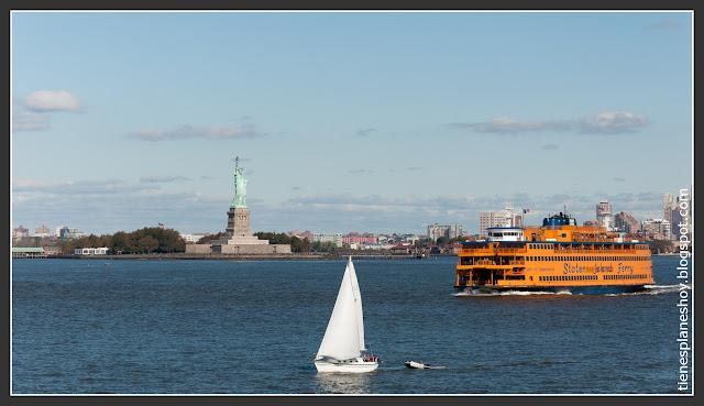 Estatua de la Libertad desde Ferry Staten Island