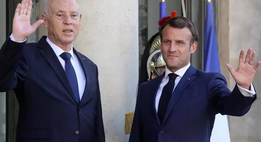 زيارة قيس سعيّد لفرنسا: ماكرون يتعهد بمواصلة دعم تونس بمشاريع من أجل الشباب ويحيي ديمقراطيتها