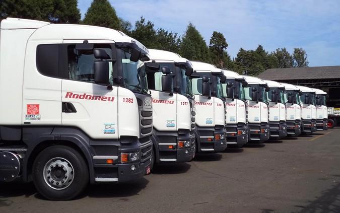 Transportadora Rodomeu abre vagas para agregados