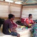 Satgas Yonif 413 Kostrad Obati Pemuda Sakit Malaria di Distrik Muara Tami