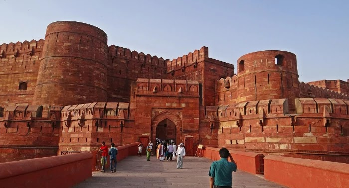 Lal Kila Delhi [Red Fort] - History and Guide