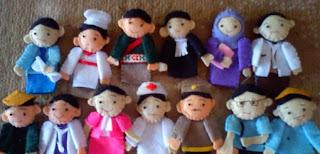 gambar boneka jari tokoh orang