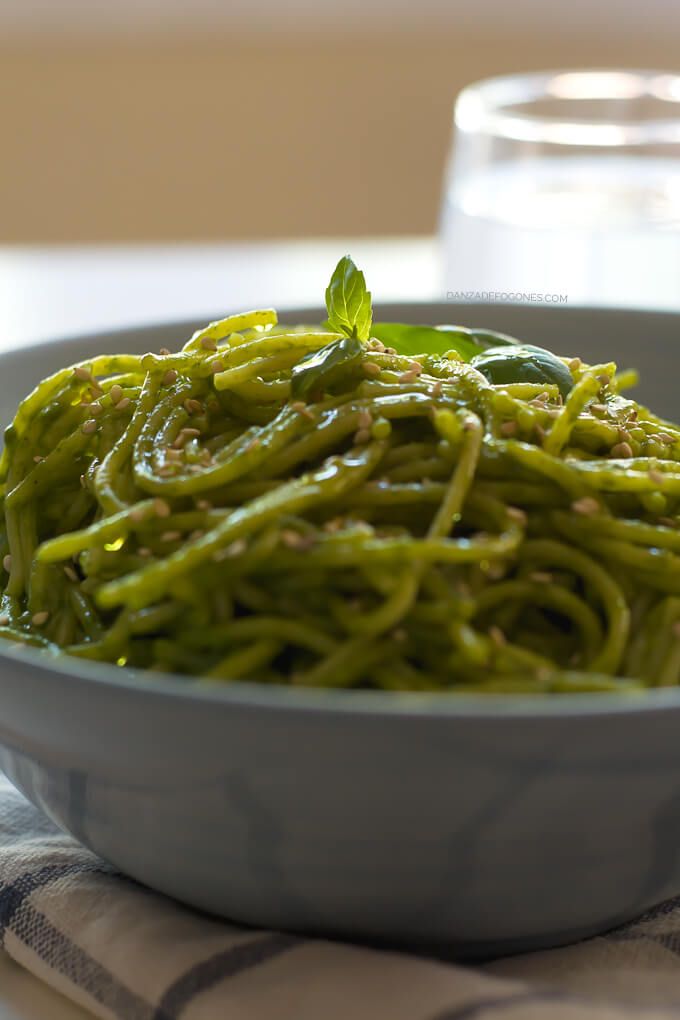 Pasta with Spinach, Coconut and Ginger Sauce