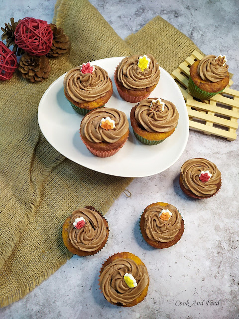 Cupcakes με κολοκύθα και νουτέλα / Pumpkin And Nutella Cupcakes