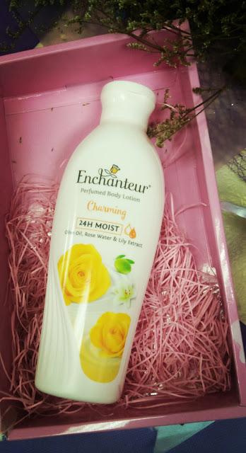 ENCHANTEUR 24H Moist Losyen Haruman Badan, enchanteur, enchanteur malaysia, laman web enchanteur, lotion, parfume lotion, enchanteur 24H moist lotion, losyen, haruman badan, lotion wangi, cara mengekal kelembapan kulit, cara mendapat kulit yang halus, kulit halus dan mulus, losyen best dan wangi, losyen terbaik di malaysia, cara mengekalkan kulit cantik, ENCHANTEUR Charming , ENCHANTEUR Romantic ,  ENCHANTEUR Alluring ,