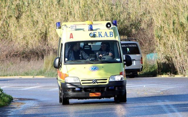 Φορτηγό  εξετράπη της πορείας του και ανετράπη  κοντά στη γέφυρα Πλάκας Νεκρός ο οδηγός