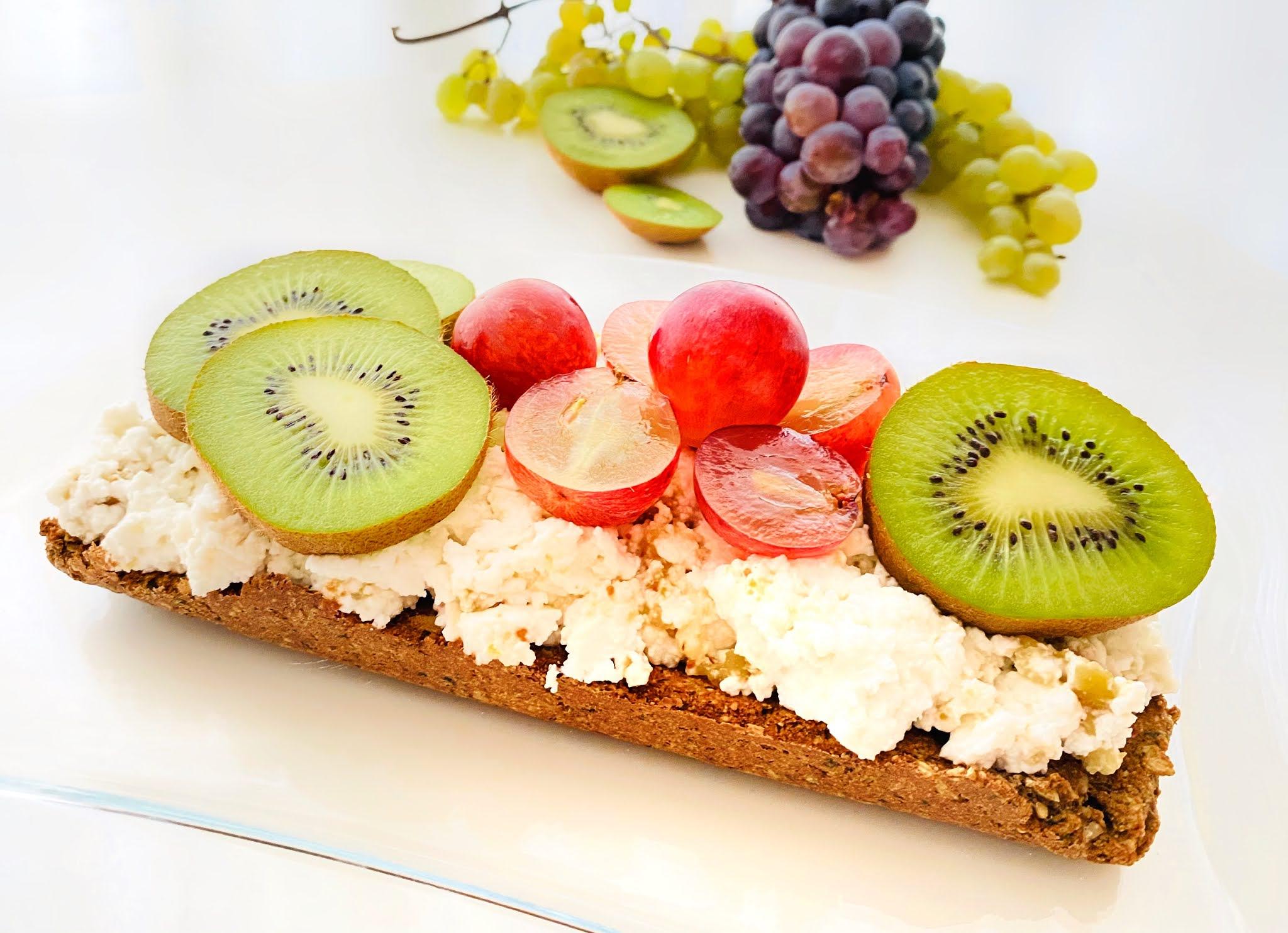 Snack de requeijão e frutas