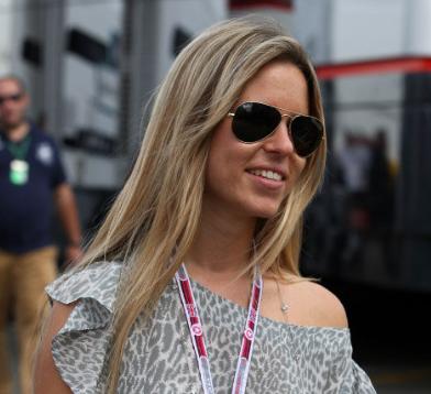 Vivian Sibold Pacar dan Istri Pembapap F1 tercantik dan seksi
