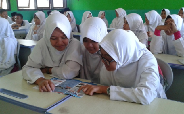 Buku Guru dan Siswa SMP/MTs Kurikulum 2013 Revisi
