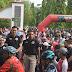 Puluhan Ribu Peserta Jalan Sehat Meriahkan HUT TNI Ke-74 Di Alun - Alun Kajen