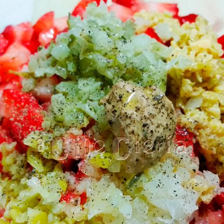 El mejor Tartar de fresas con encurtidos y su gelatina