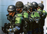 US_Customs_and_Border_Protection_officers